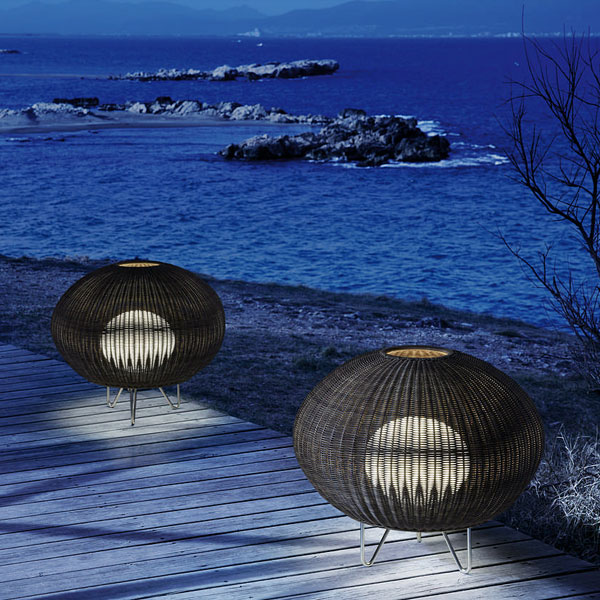Garota - 01 Outdoor Floor Lamp
