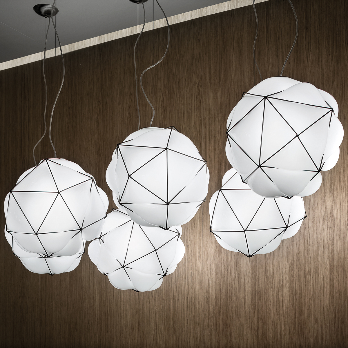 Semai Medium Suspension Lamp