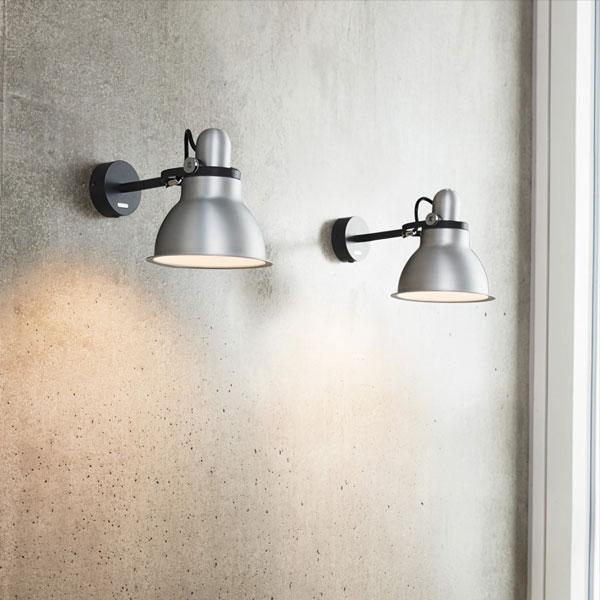 Type 1228 Metallic Wall Lamp