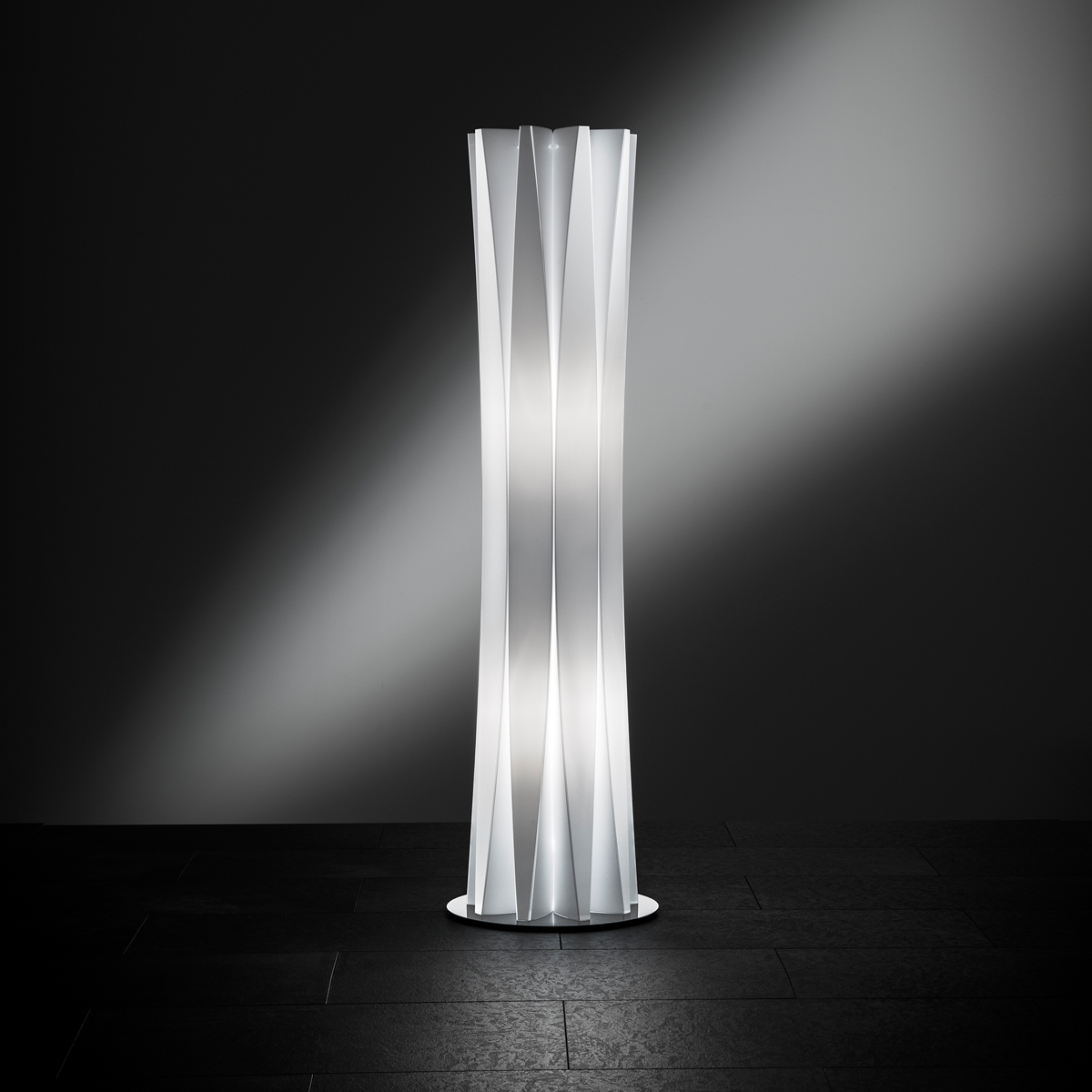 Bach Large Floor Lamp