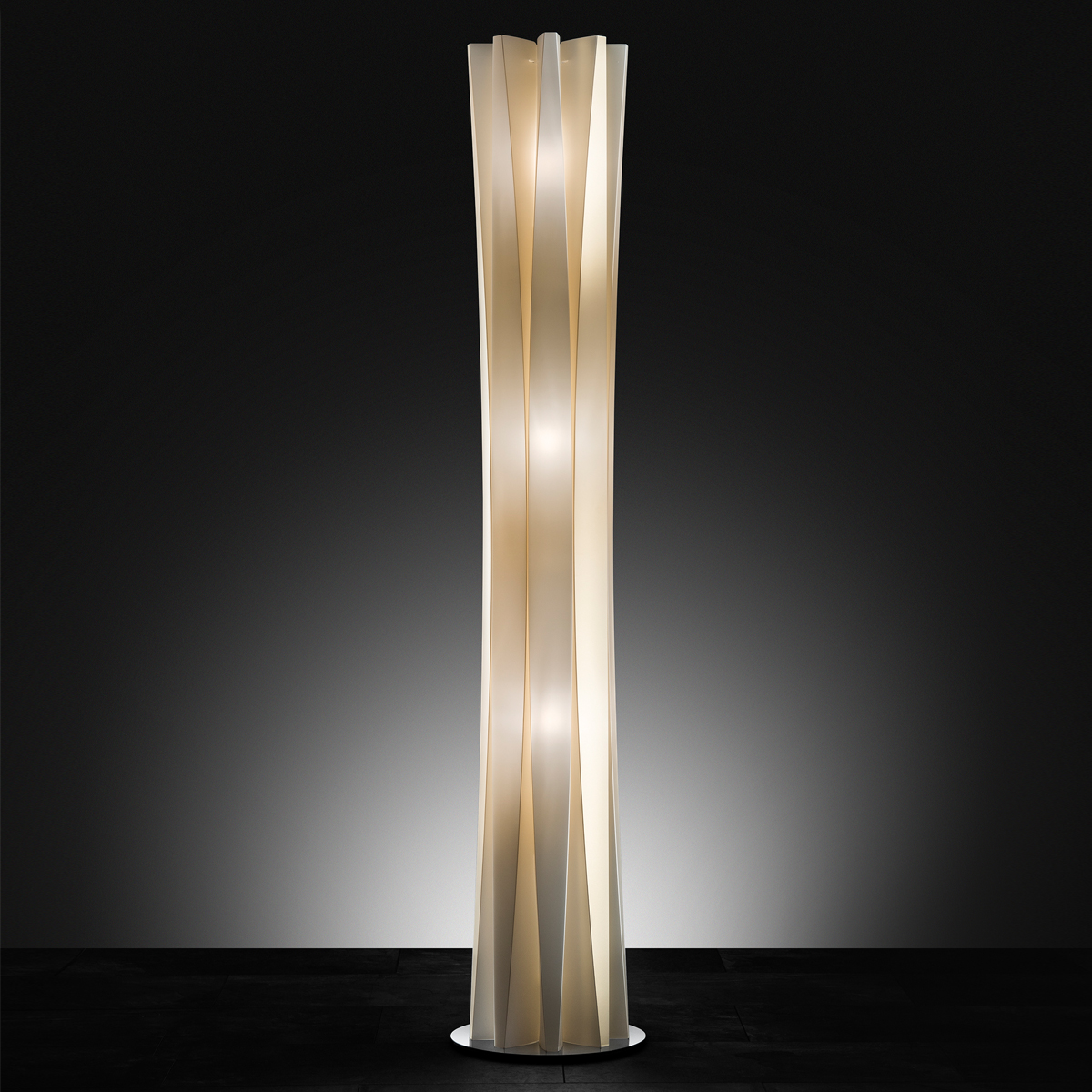 Bach XXL Floor Lamp