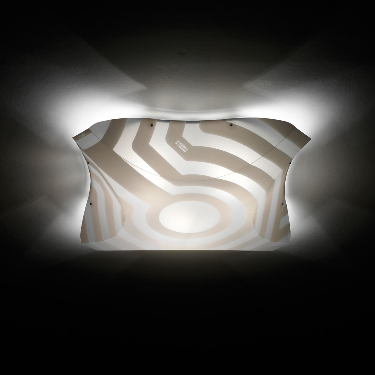 Venti Plana Small Wall Lamp