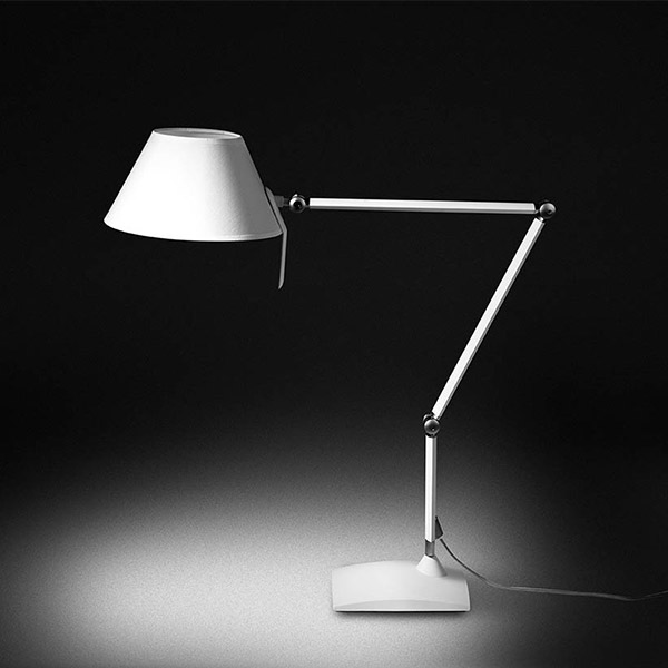 Petite T22 B Table Lamp With Base