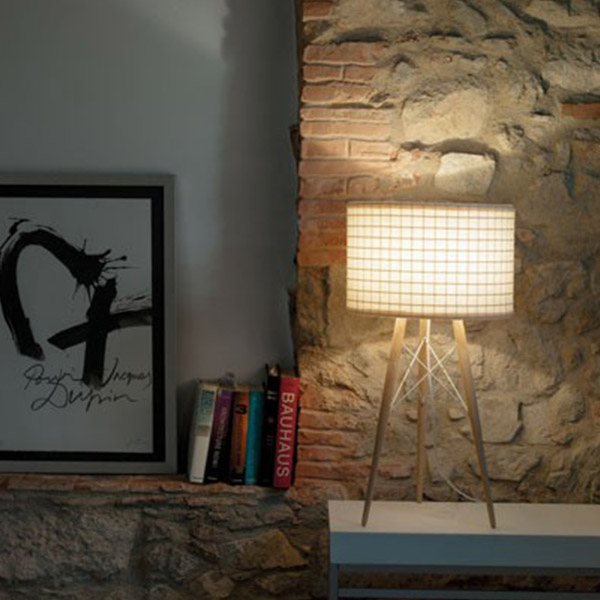 Wire Light T28 Table Lamp