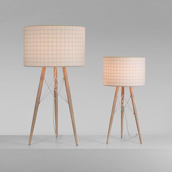 Wire Light T40 Table Lamp