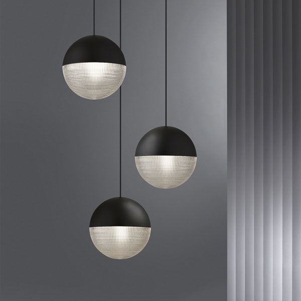 Lens Flair Suspension Lamp