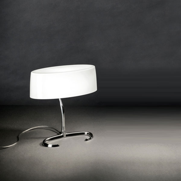 Esa Small Table Lamp