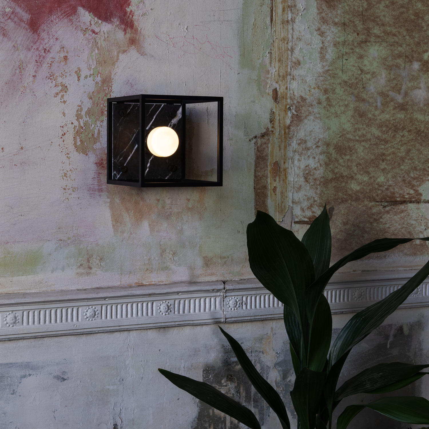 Caged 1.0 Small Wall Lamp