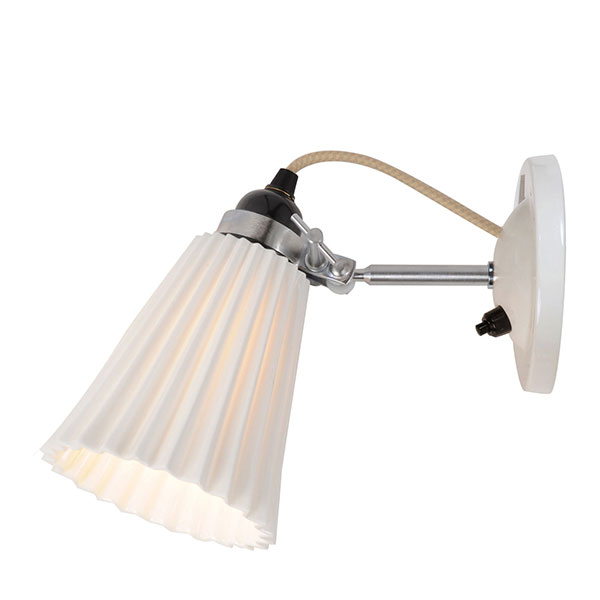 Hector Medium Pleat Wall Switched Lamp
