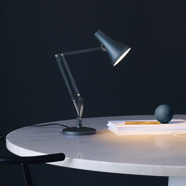 90 Mini Desk Lamp