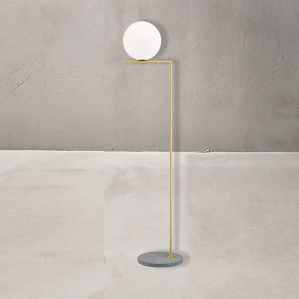 IC F2 Outdoor Floor Lamp