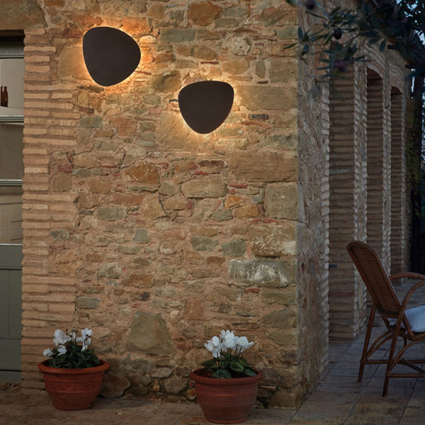 Tria 05 Outdoor Wall Lamp