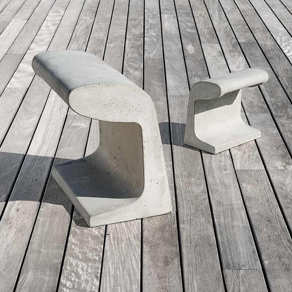 Borne Beton Large Outdoor Floor Lamp