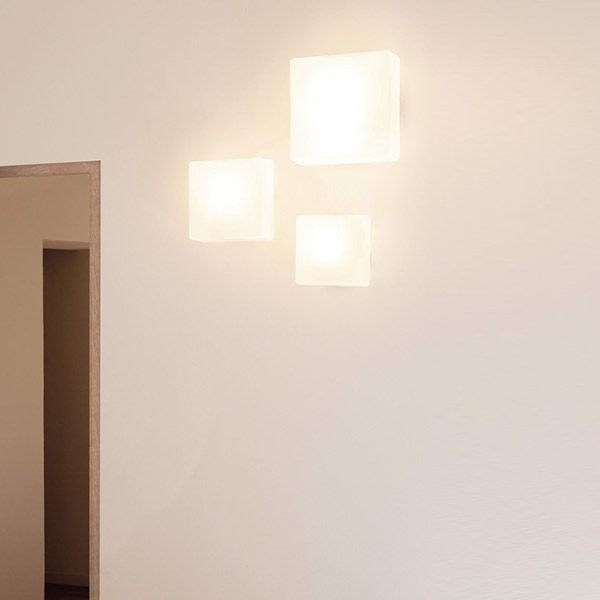 Quadra 25 Wall Lamp