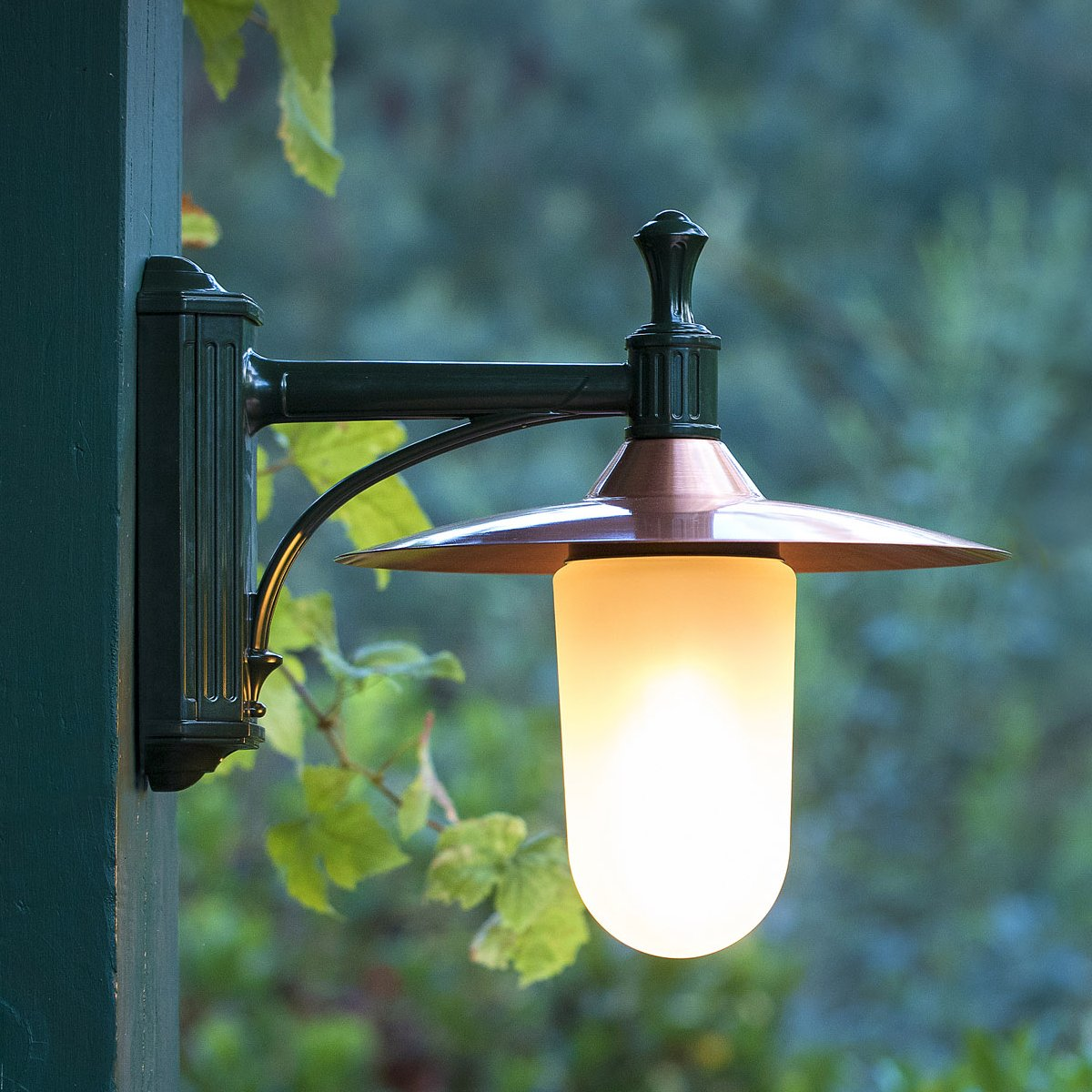 Montana Wall Lamp Outdoor - With Frosted Glass