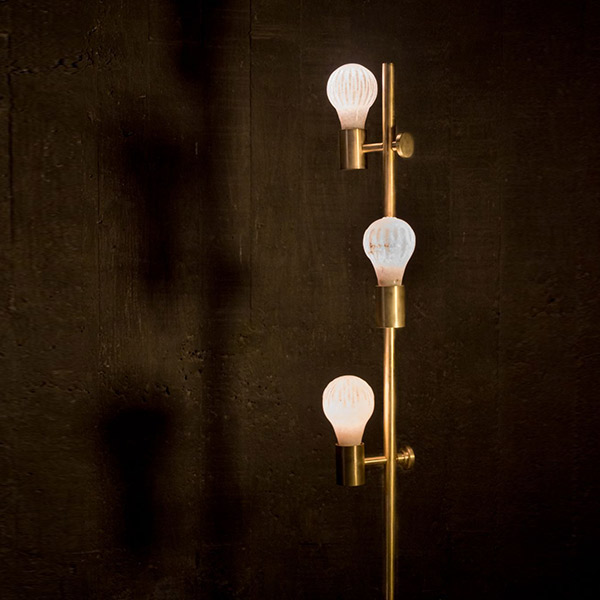 Triple Bulb Standy Table Lamp