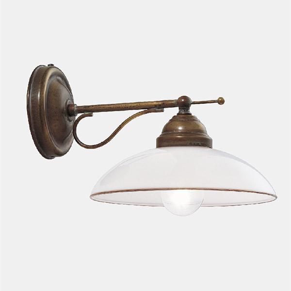 Country Wall Lamp - E