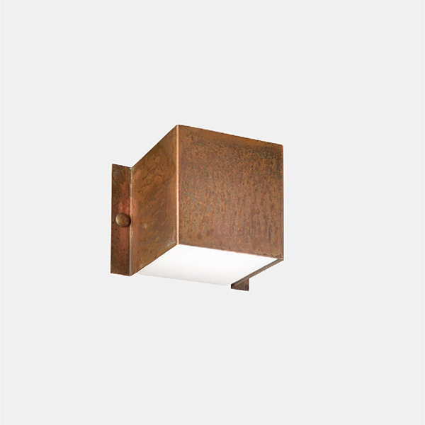 Decori Outdoor Wall Lamp - E
