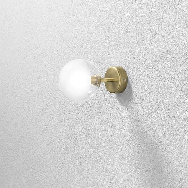 Molecola Wall Lamp