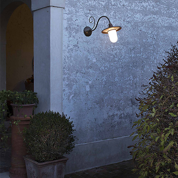 Barchessa Small Outdoor Wall Lamp