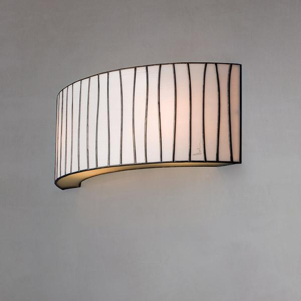 Curvas Wall Lamp