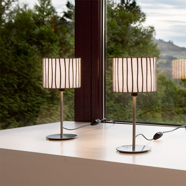 Curvas Table Lamp